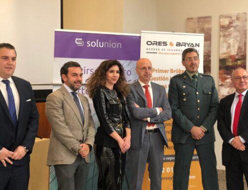 Ores & Bryan celebra una conferencia sobre estafas en Extremadura
